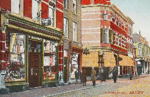 Hommelstraat 31, het begin van De Goedkoope Winkel